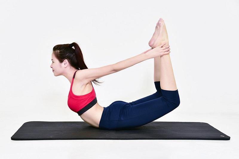 4-tu-the-yoga-giu-giam-mo-bung-hieu-qua-3
