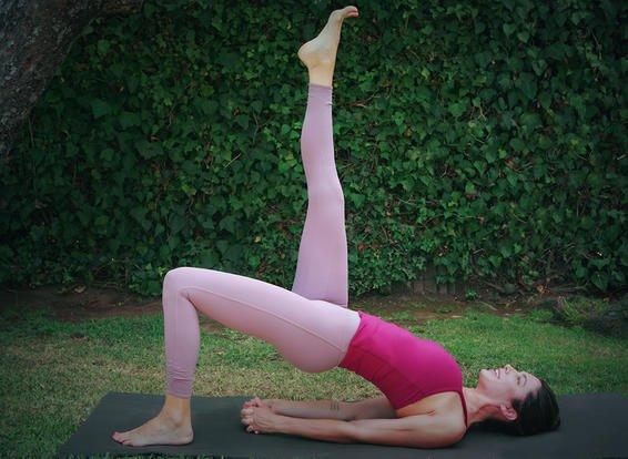 5-tu-the-yoga-tang-cuong-suc-manh-deo-dai-cho-co-san-chau