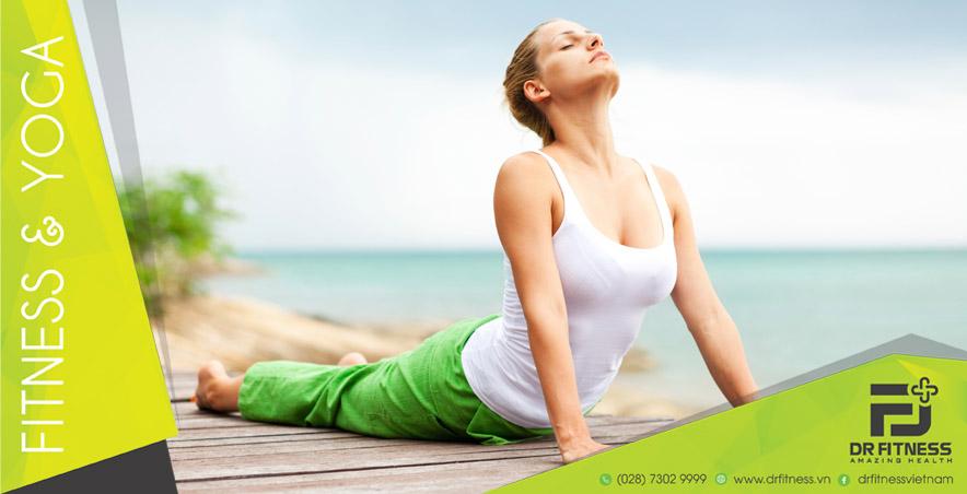 Đánh Bay Mỡ Thừa Và Mụn Xấu Xí Với 5 Động Tác Yoga