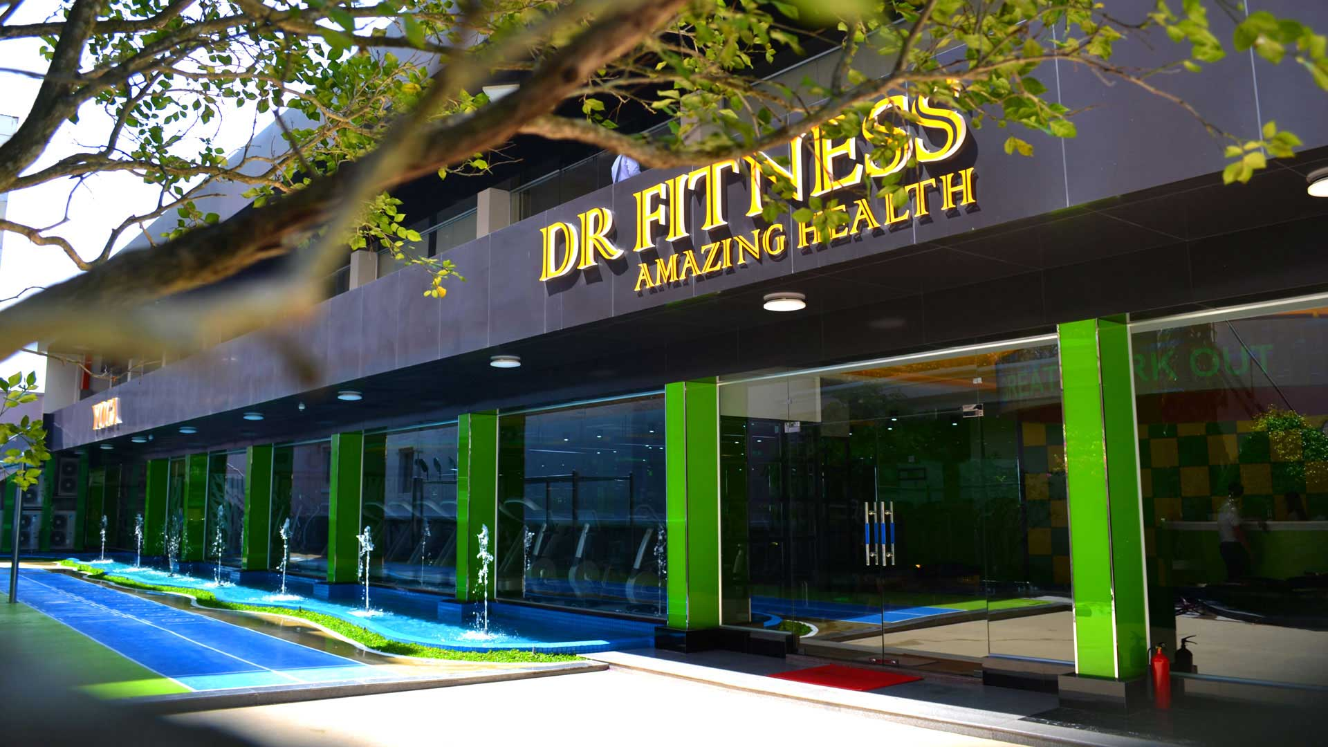 DR.FITNESS CENTER<br><span>FITNESS & YOGA</span>
