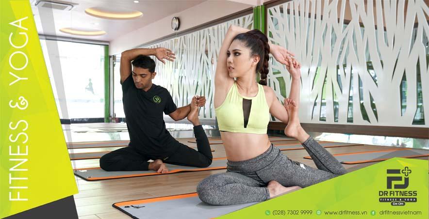 Bạn đang bị khó tiêu? Vậy thì hãy học thuộc lòng ngay những động tác Yoga sau